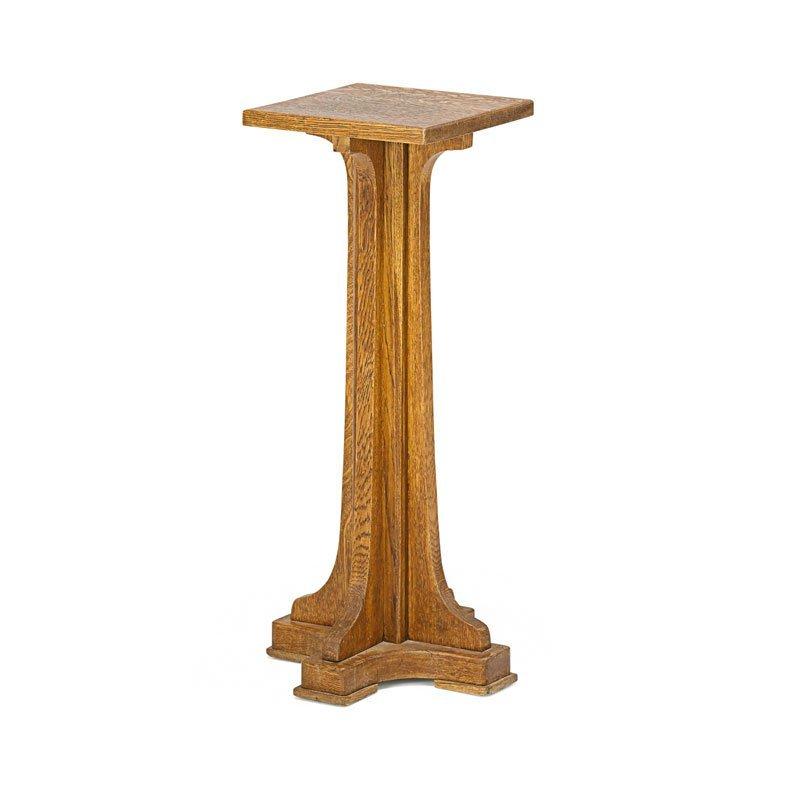 LIMBERT Pedestal