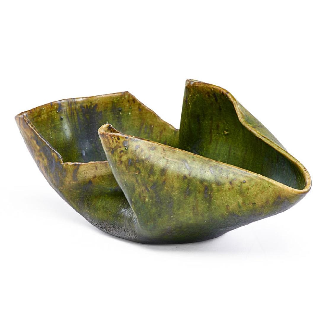 GEORGE OHR Low folded vessel