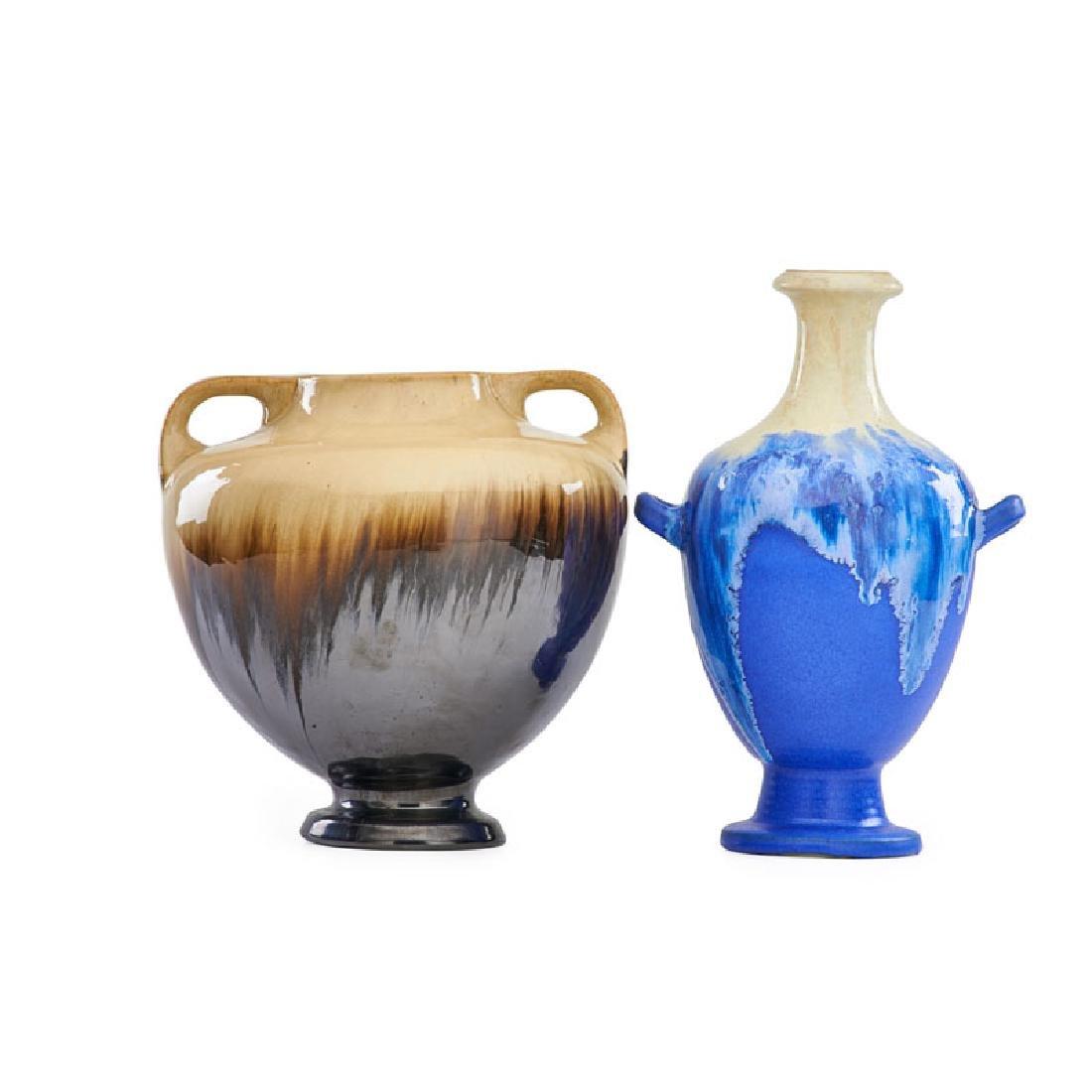 FULPER Two urns