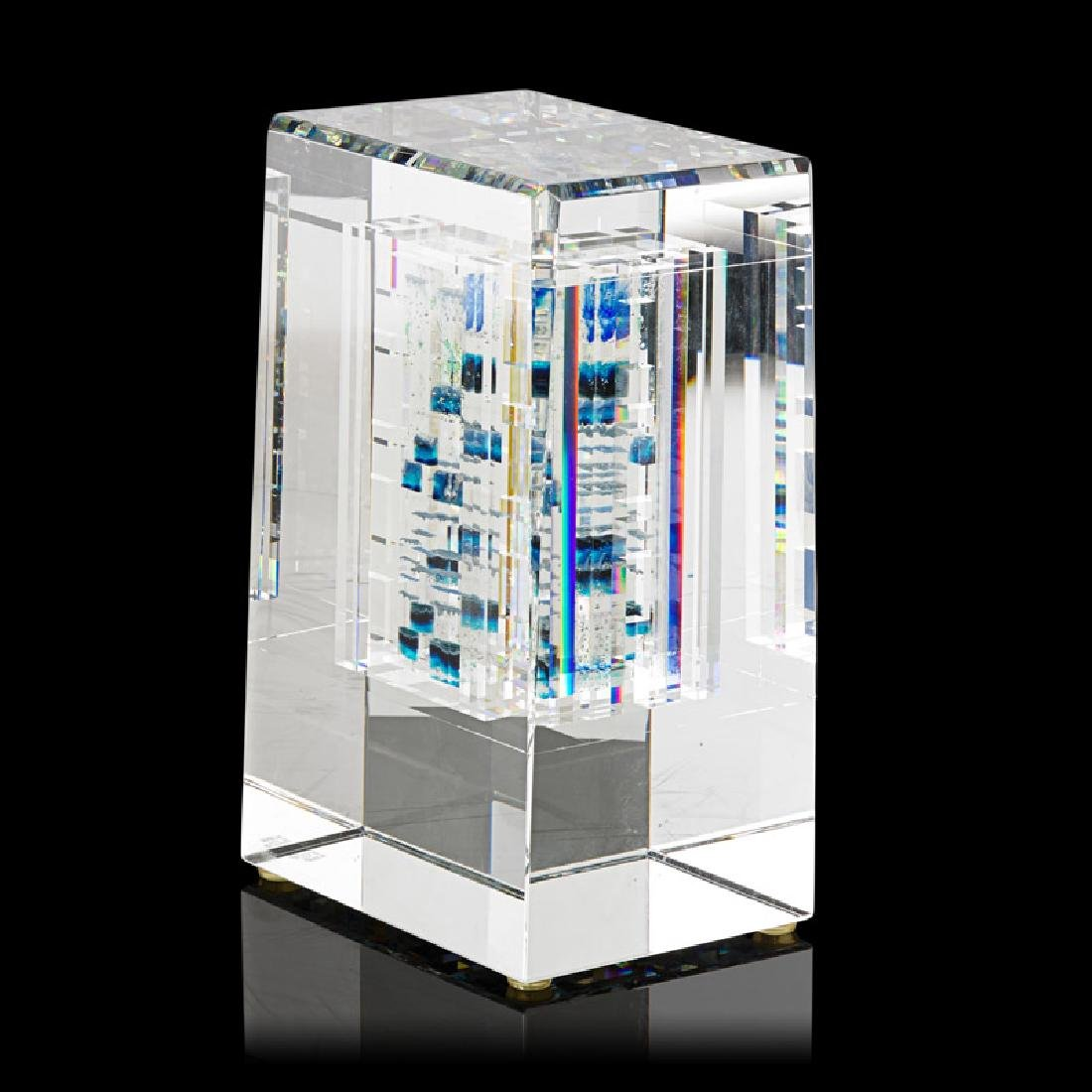 JON KUHN Glass sculpture