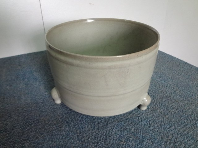 Rare Song Dynasty Celadon Tripod Censer