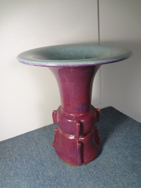 Genuine & Elegant Yuan Dynasty Jun Yao Temple Vase