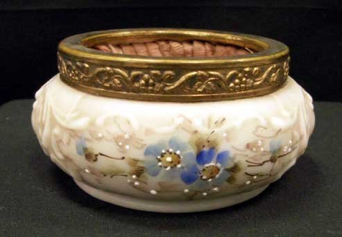 14: WAVECREST DECORATED DRESSER JAR, SIGNED