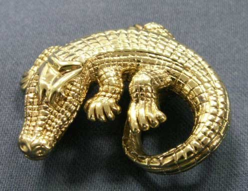 176: 14K YELLOW GOLD ALLIGATOR SCARF SLIDE