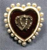 253 VICTORIAN HEART SHAPED LOCKET BROOCH