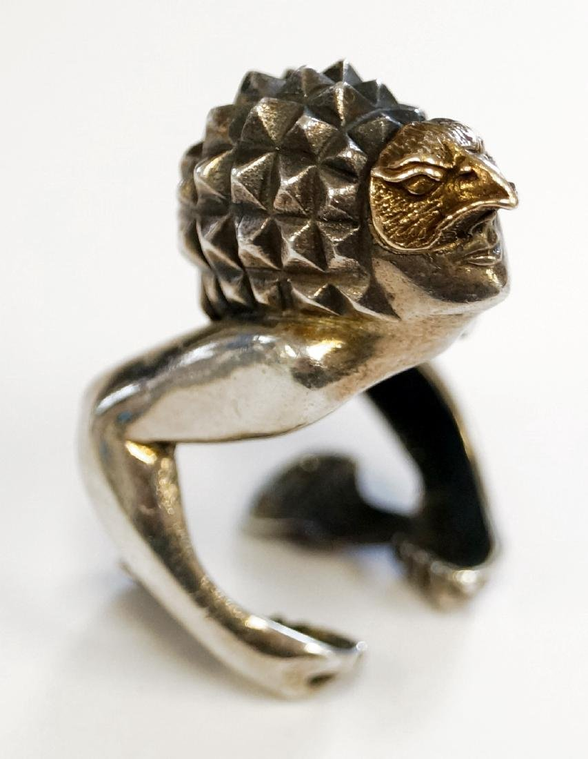 STERLING AND 14K YELLOW GOLD ANTHROPOMORPHIC RING. RING