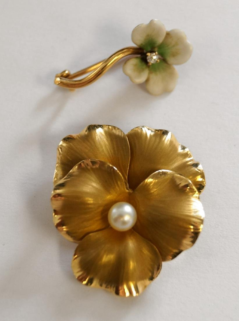 LOT (2) 14K YELLOW GOLD AND CULTURED PEARL PANSY PIN, 1