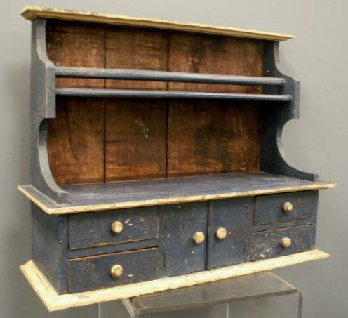 1017: COUNTRY PAINTED HANGING SHELF/CABINET