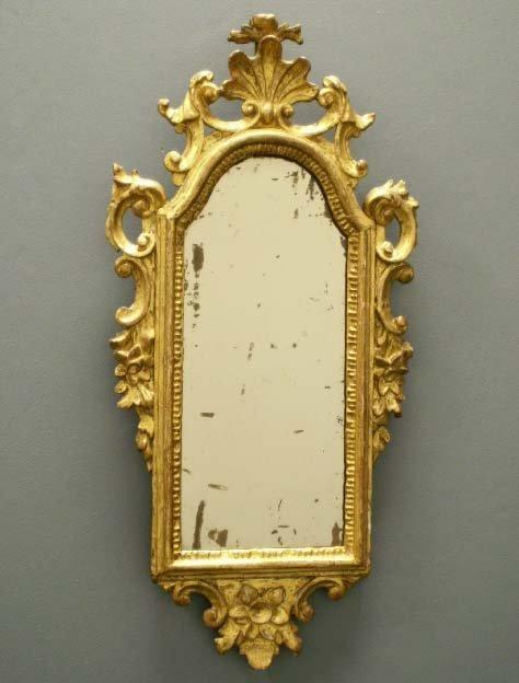 1004: ITALIAN BAROQUE CARVED & GILT FRAMED MIRROR