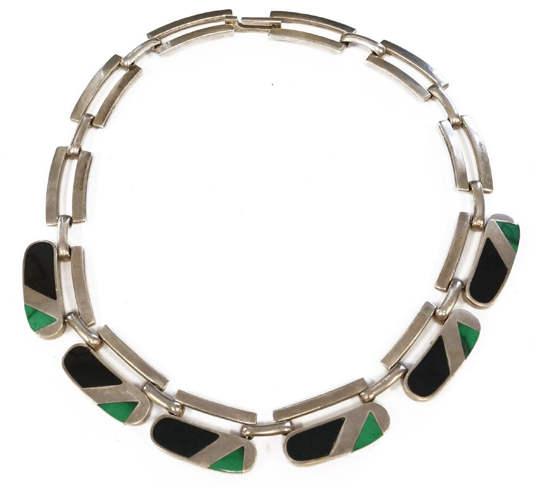 TAXCO/MEXICAN 925 STERLING NECKLACE WITH MALACHITE AND