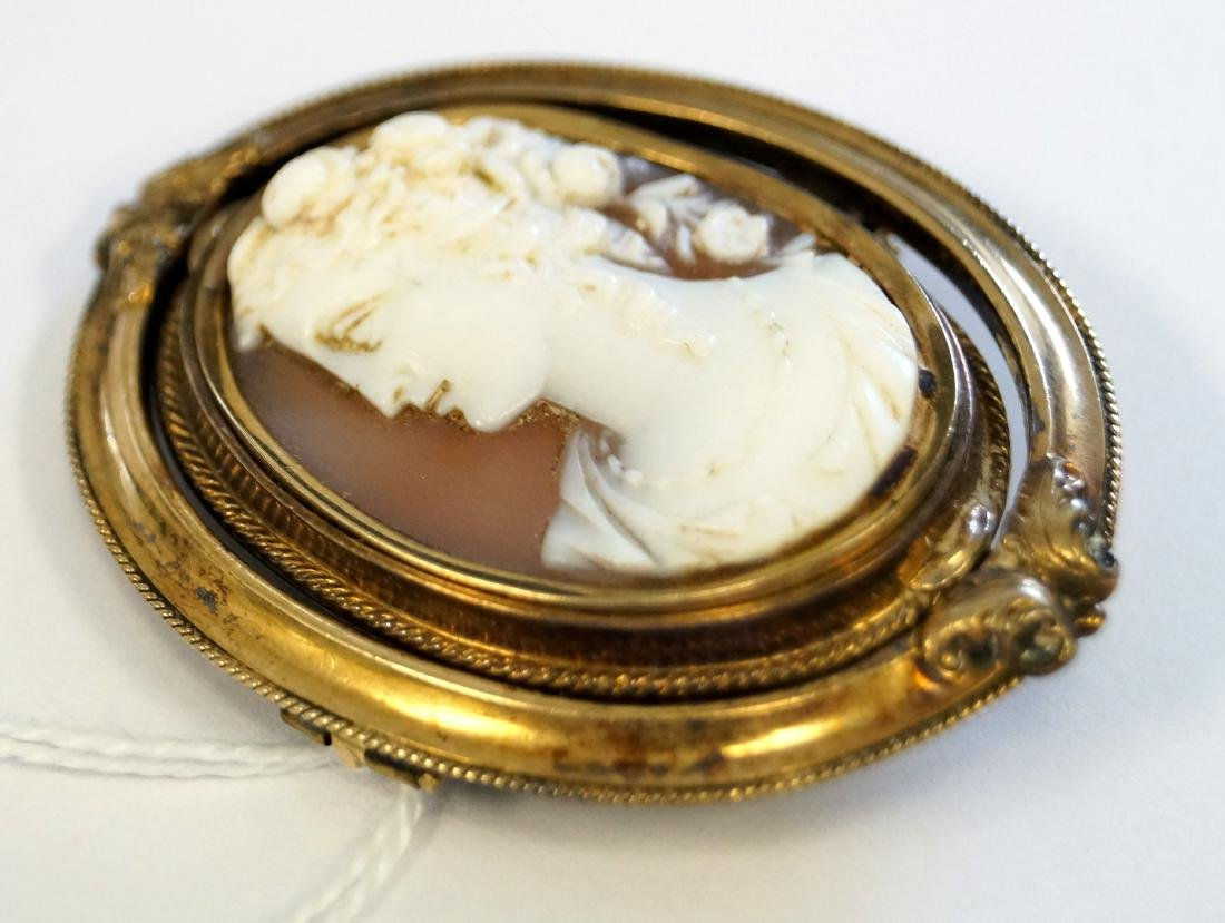 VICTORIAN GOLD FILLED REVOLVING HAIR LOCKET WITH CARVED - 2