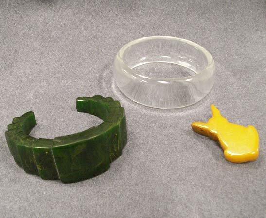 4: LOT (3) INCLUDING CARVED GREEN BAKELITE BRACELET