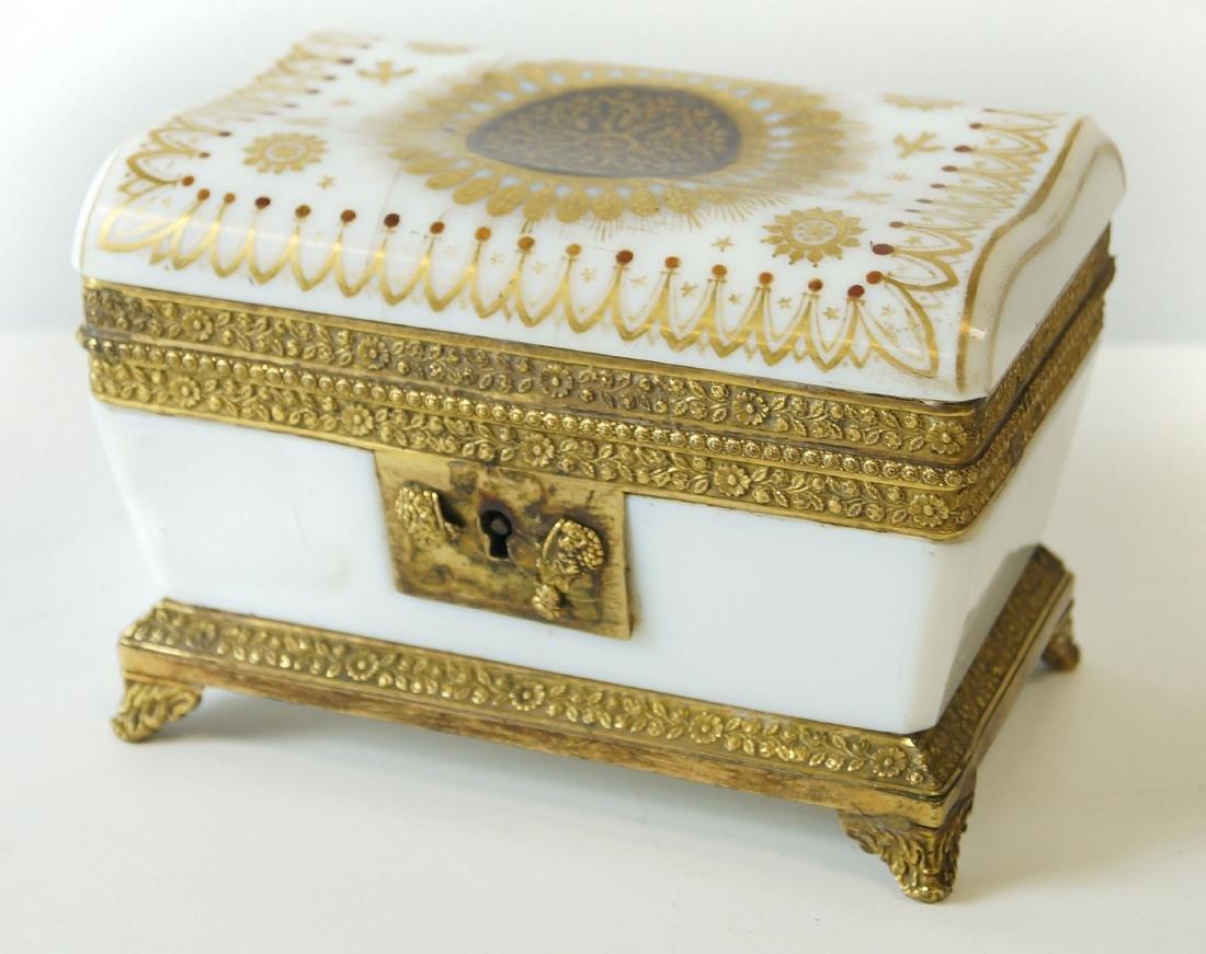 FRENCH MILK GLASS GILT DECORATED ORMOLU MOUNTED BOX,
