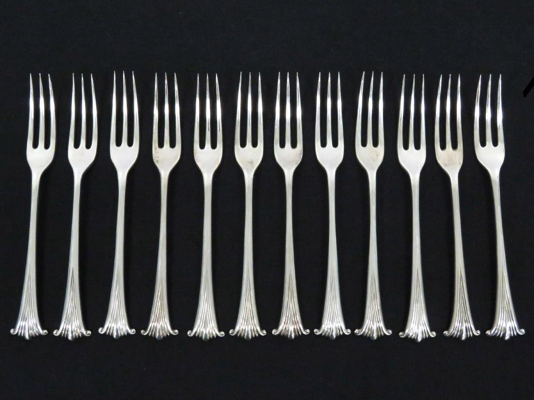 SET (12) SPAULDING & CO/LONDON STERLING DINNER FORKS,