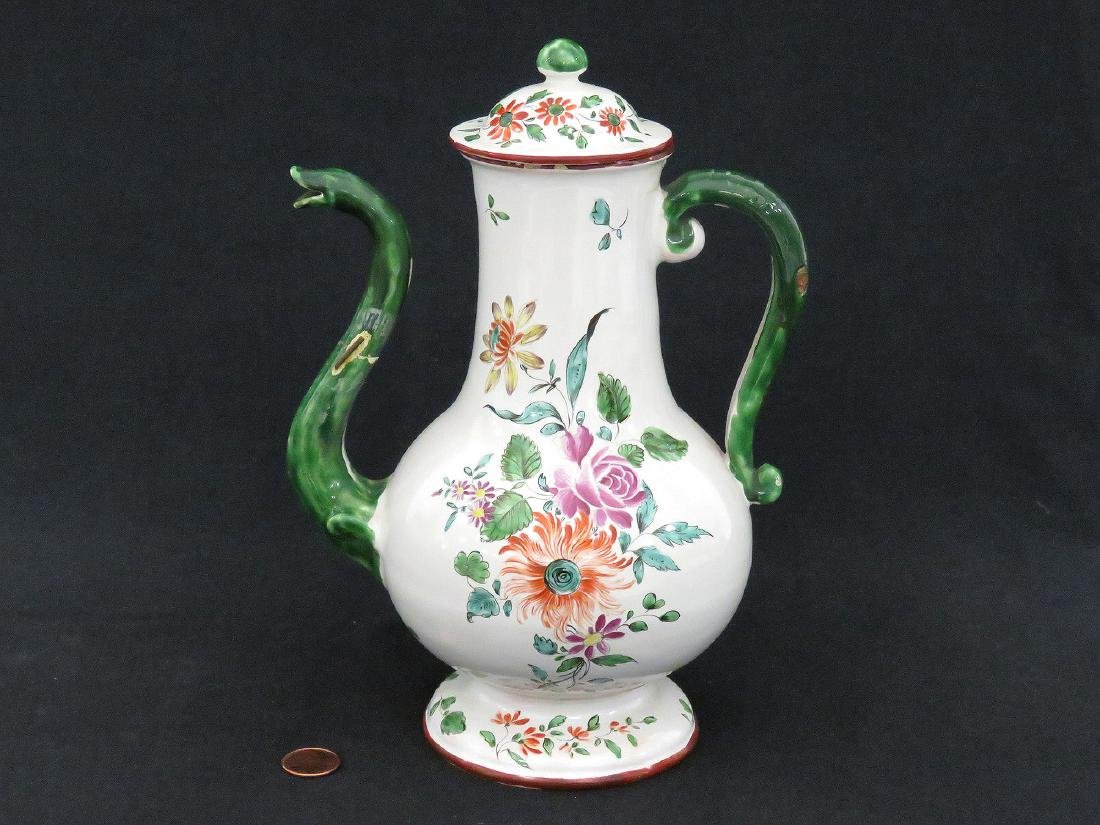 ITALIAN LENOVE FAIENCE DECORATED COFFEE POT, 18TH
