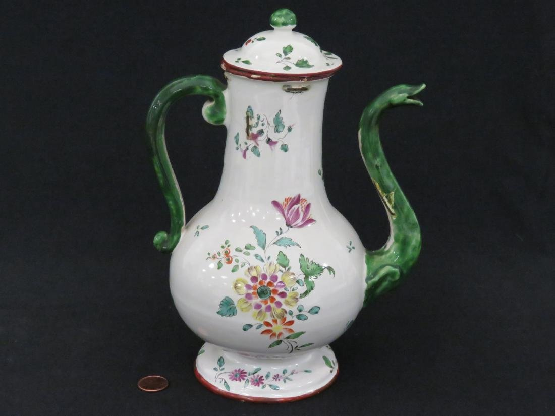ITALIAN LENOVE FAIENCE DECORATED COFFEE POT, 18TH - 3