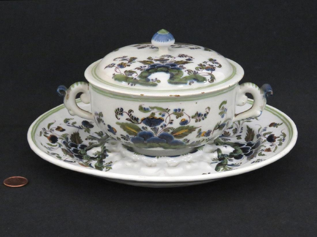 ITALIAN LE NOVE FAIENCE COVERED ECUELLE AND STAND, 18TH