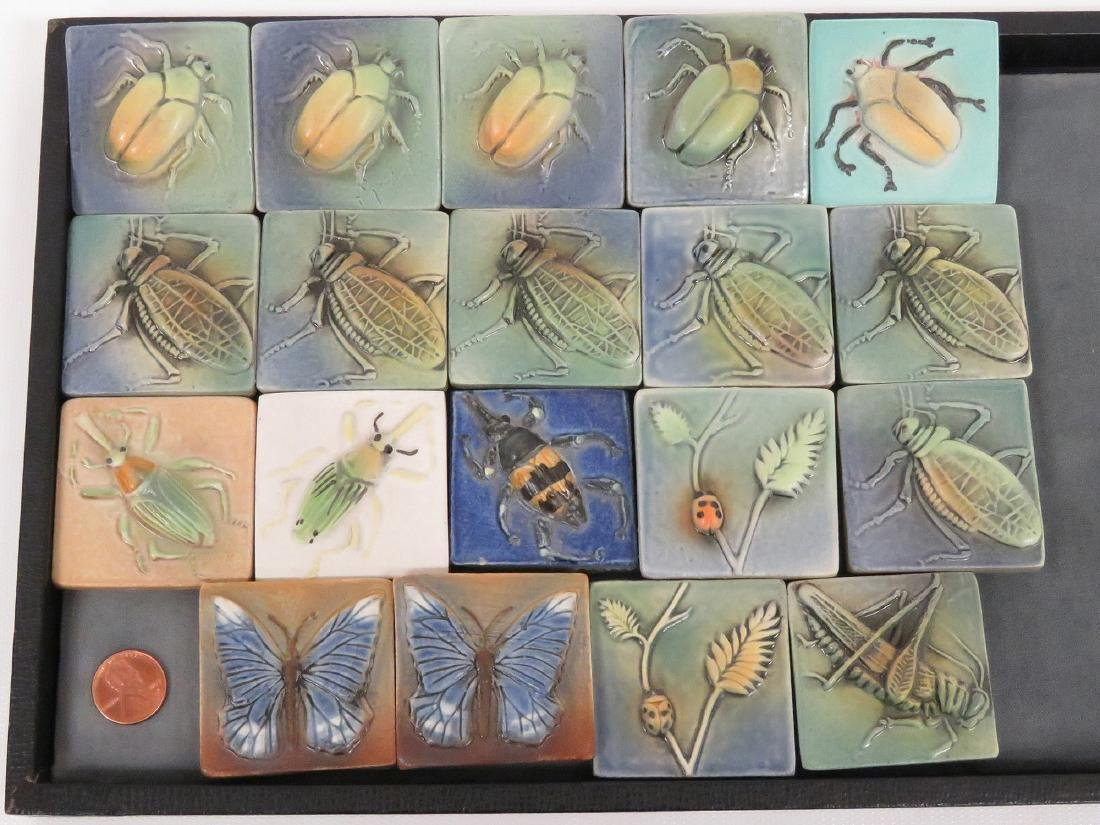LOT (19) SURVING STUDIOS HIGH RELIEF CERAMIC INSECT