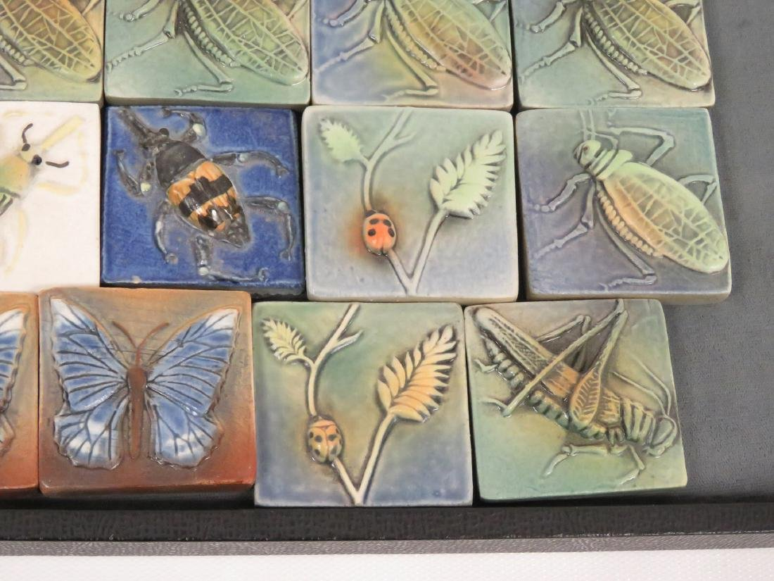 LOT (19) SURVING STUDIOS HIGH RELIEF CERAMIC INSECT - 3