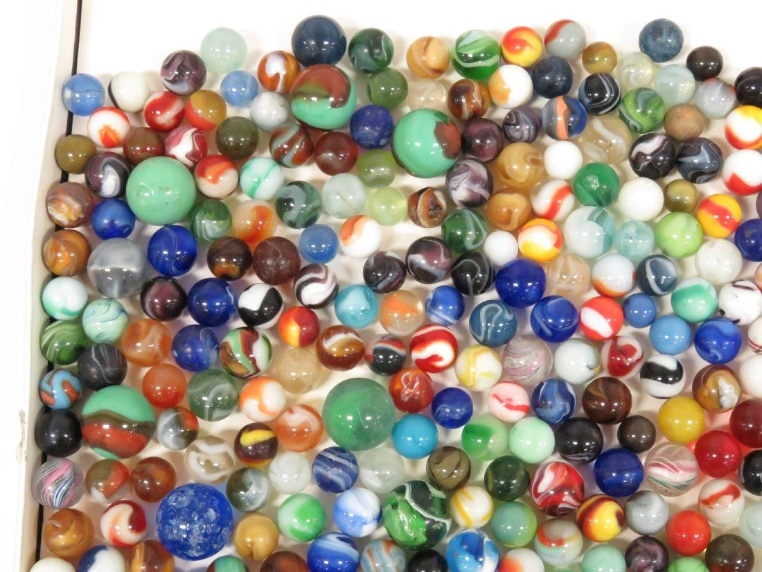 LOT ASSORTED VINTAGE MARBLES - 2