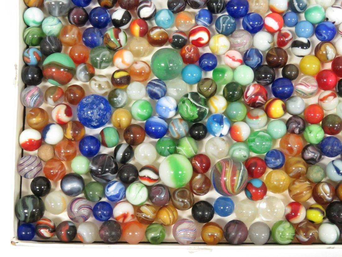 LOT ASSORTED VINTAGE MARBLES - 3