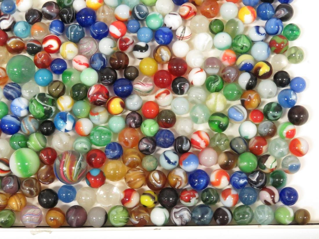 LOT ASSORTED VINTAGE MARBLES - 5