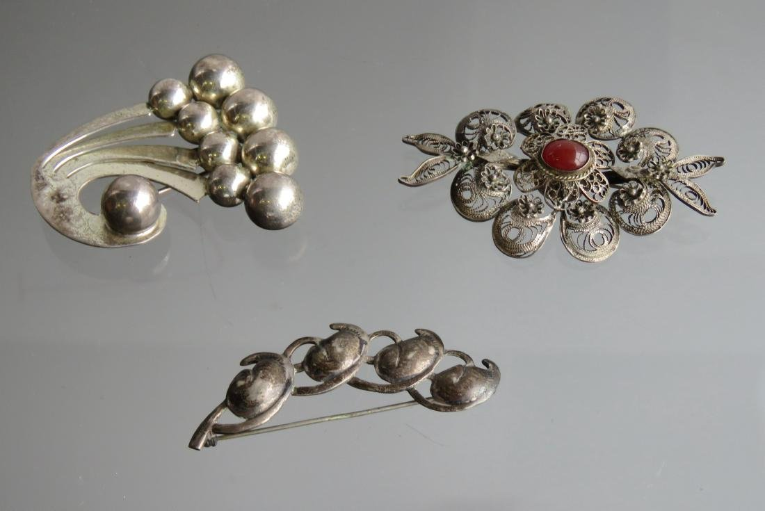 LOT (3) STERLING AND SILVER BROOCHES INCLUDING NAPIER