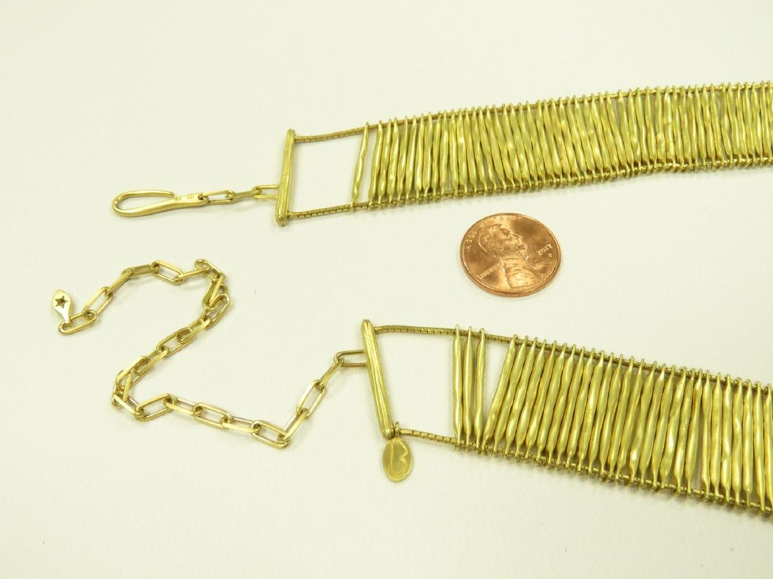 """750 YELLOW GOLD BOX-LINK CHOKER NECKLACE. LENGTH 13"""" - 4"""