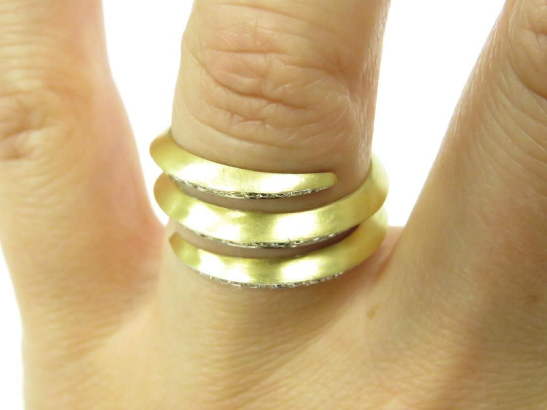 ITALIAN 18K BURNISHED YELLOW GOLD AND DIAMOND RING. - 3