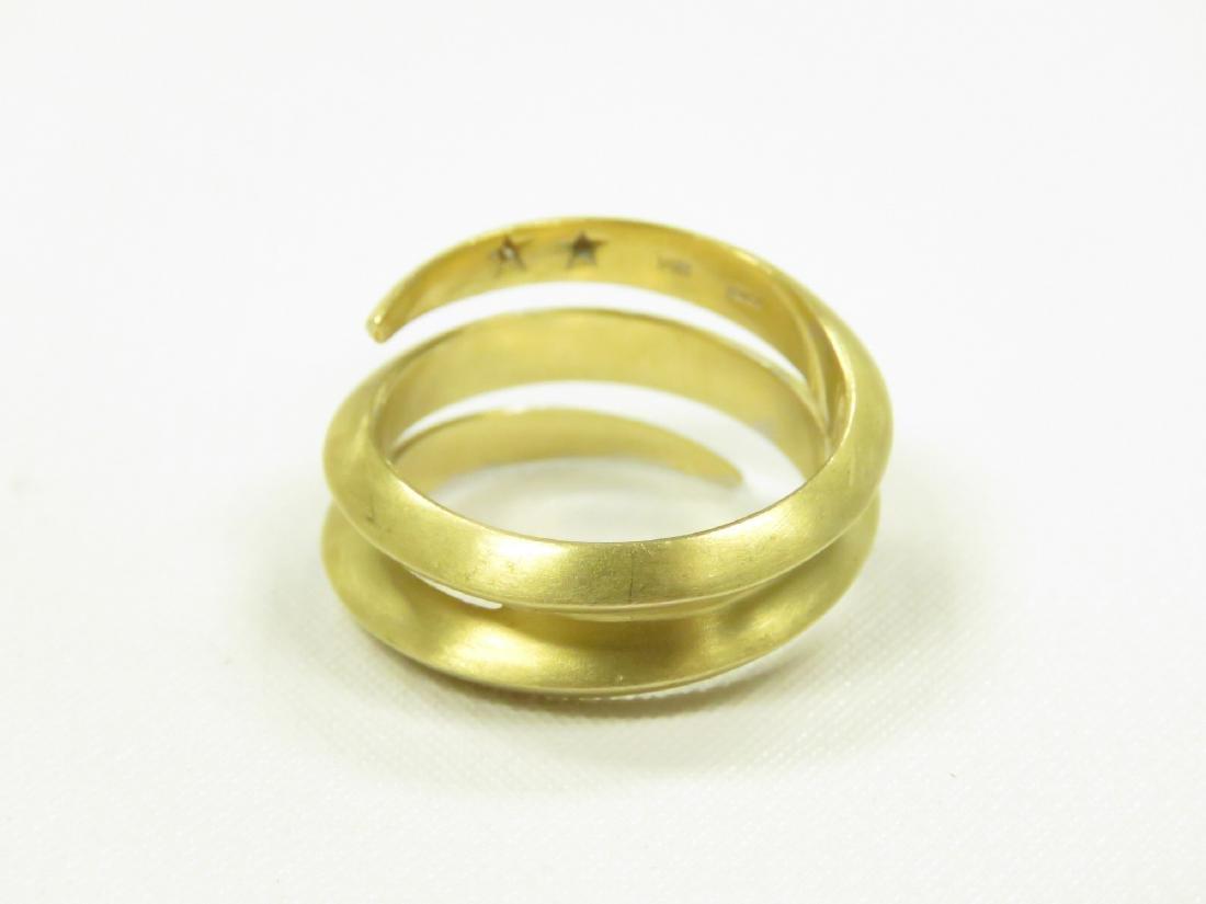 ITALIAN 18K BURNISHED YELLOW GOLD AND DIAMOND RING. - 4