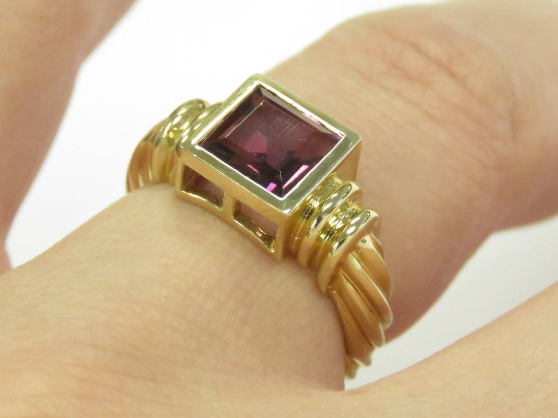 14K YELLOW GOLD AND RHODOLITE RING BEZEL-SET,
