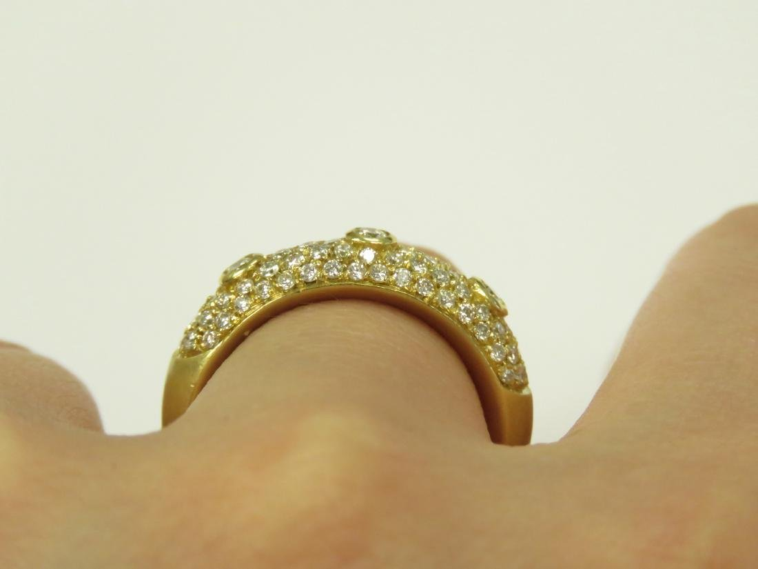 18K BURNISHED YELLOW GOLD AND DIAMOND RING SET WITH - 3