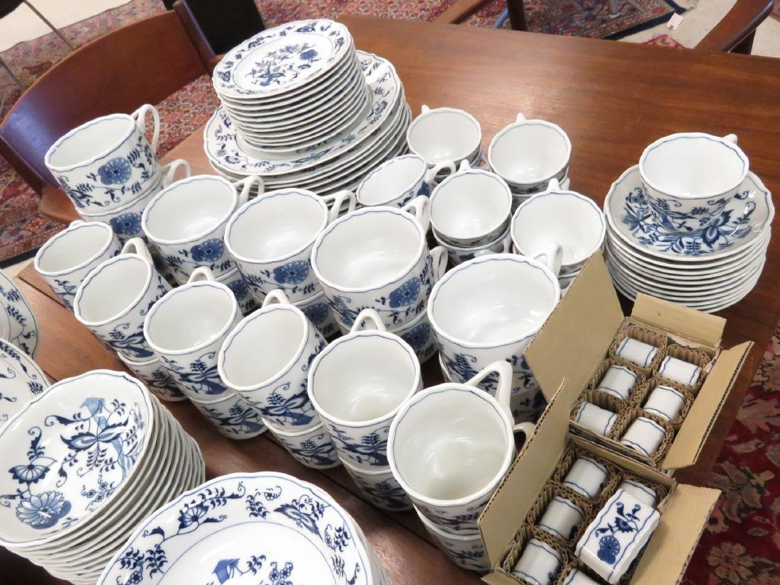 BLUE DANUBE DECORATED PORCELAIN DINNER SERVICE FOR (12) - 5