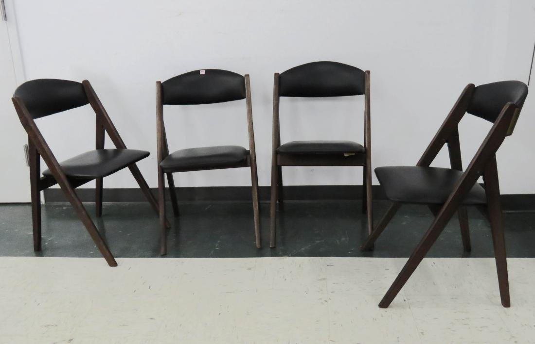 SET (4) MID-CENTURY MODERN STACKMORE FOLDING CHAIRS