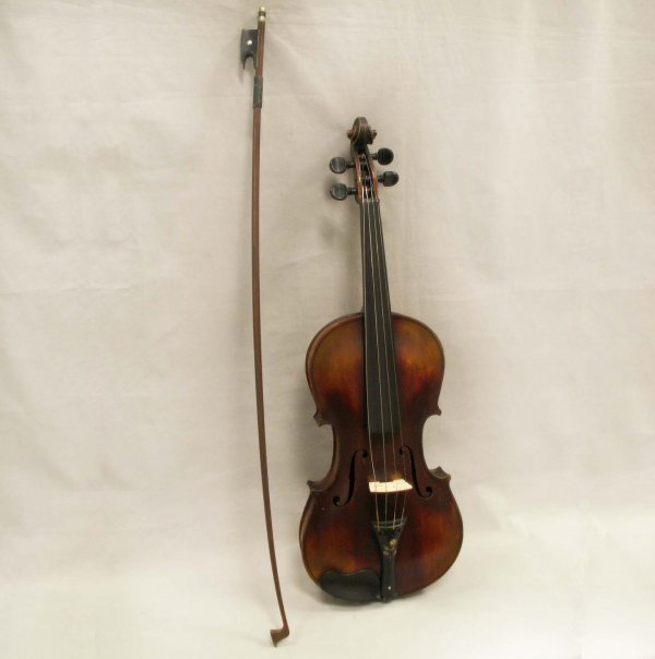 24: LOT (2) VINTAGE JACOBOUS STAINER VIOIN/DODD BOW
