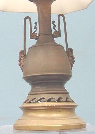 22: AESTHETIC BRONZE TABLE LAMP, C.1900