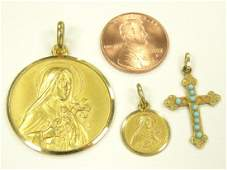 LOT 3 750 YELLOW GOLD RELIGIOUS MEDALS