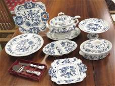 LOT 7 BLUE DANUBE DECORATED PORCELAIN ACCESSORY