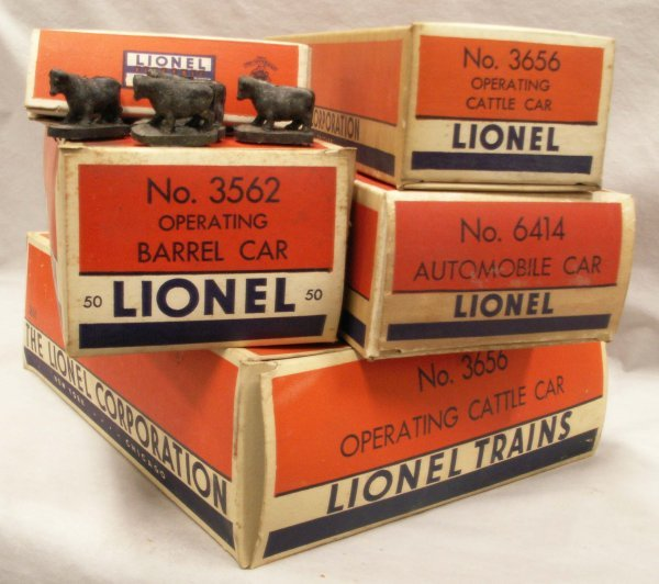 1008: LOT (4) LIONEL INCLUDING #3656 CATTLE CAR