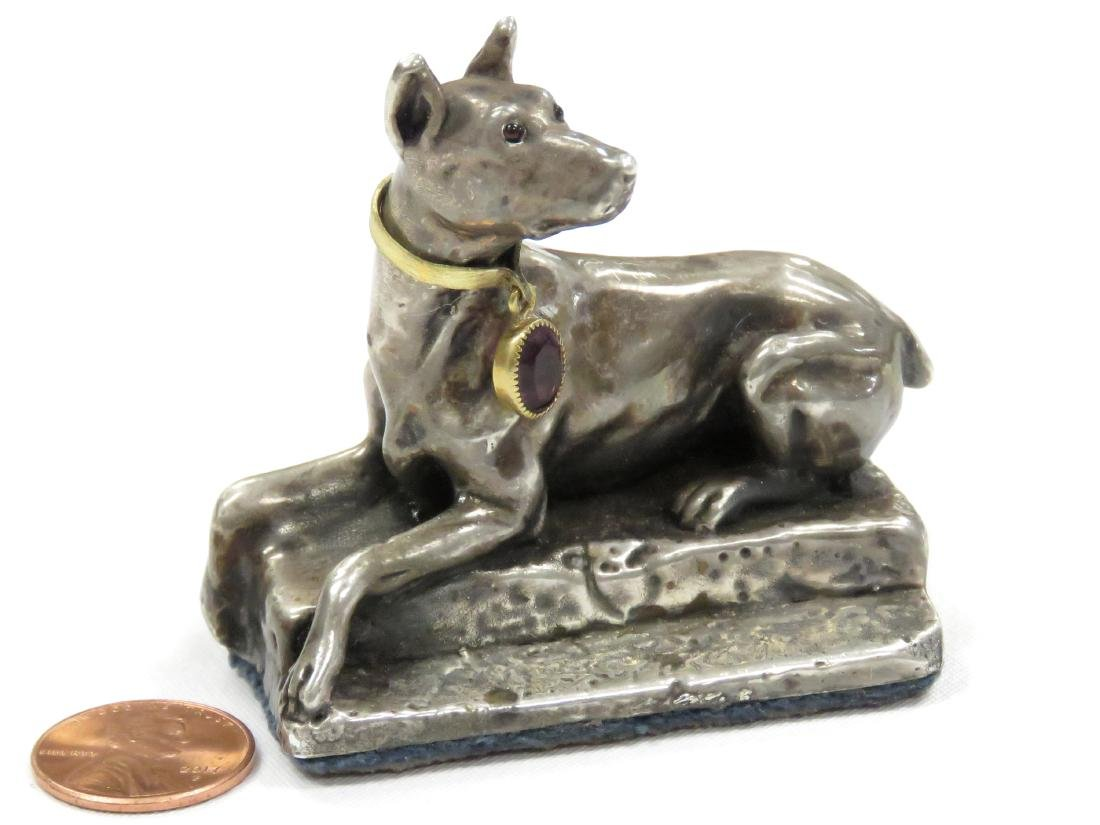 CONTINENTAL SILVER (.925) SEATED DOG WITH AMETHYST