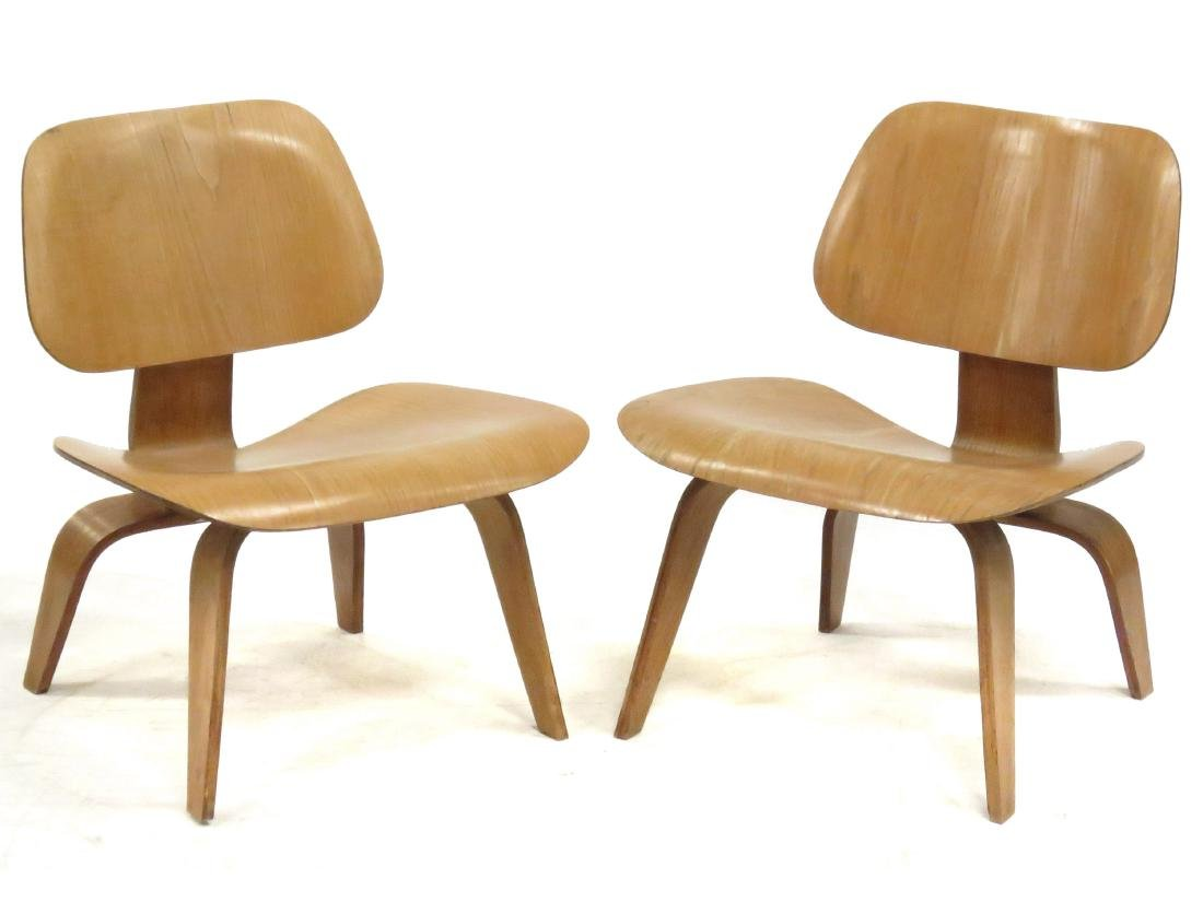 PAIR CHARLES & RAY EAMES LCW LAMINATED PLYWOOD LOUNGE
