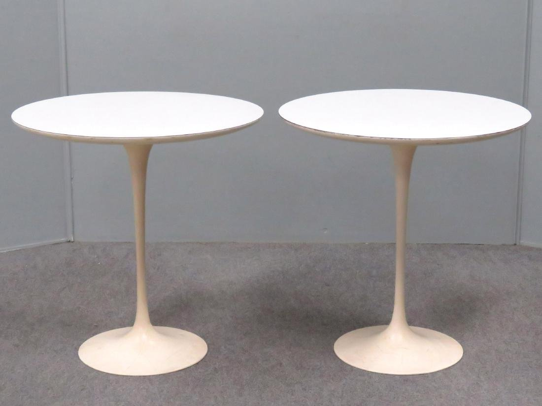 PAIR SAARINEN FOR KNOLL INTERNATIONAL ROUND TULIP SIDE