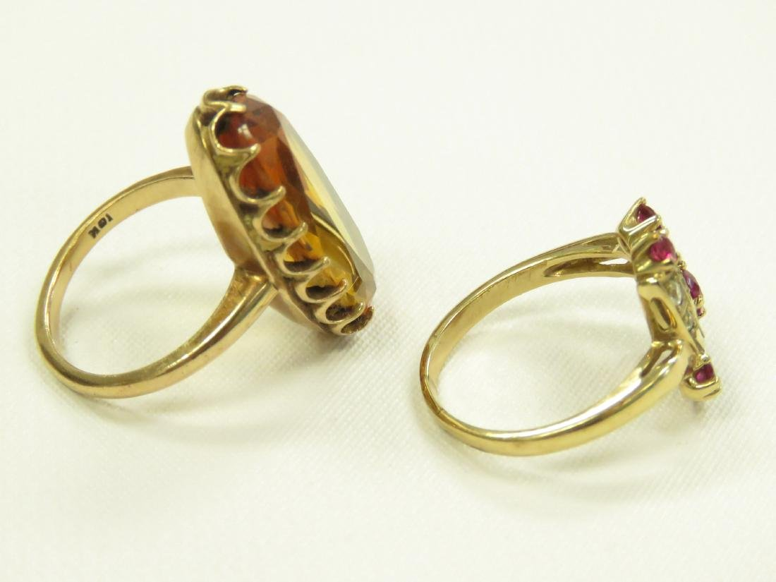 LOT (2) 10K YELLOW GOLD FASHION RINGS INCLUDING - 2