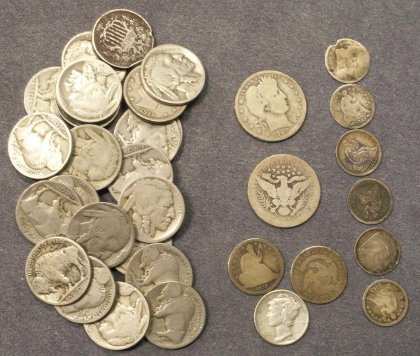2010: LOT (34) ASSORTED U.S. COINS DIMES/NICKELS