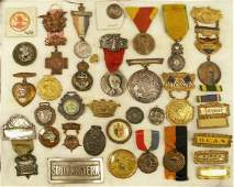 2327 CASED COLLECTION ASSORTED MEDALS RIBBONS BUTTON