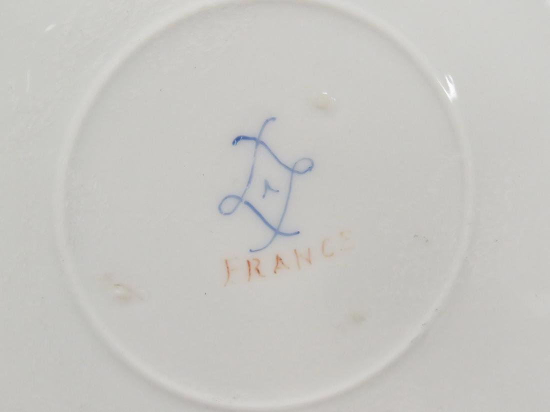 SEVRES DECORATED PORCELAIN CHARGER, SIGNED. DIAMETER - 2