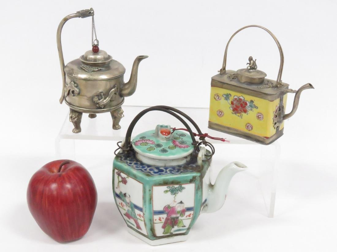LOT (3) ASSORTED CHINESE TEA POTS INCLUDING (2) FAMILLE