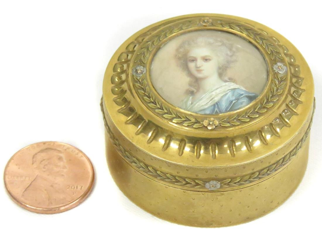 TIFFANY & CO. FRENCH 18K YELLOW GOLD SNUFF BOX WITH
