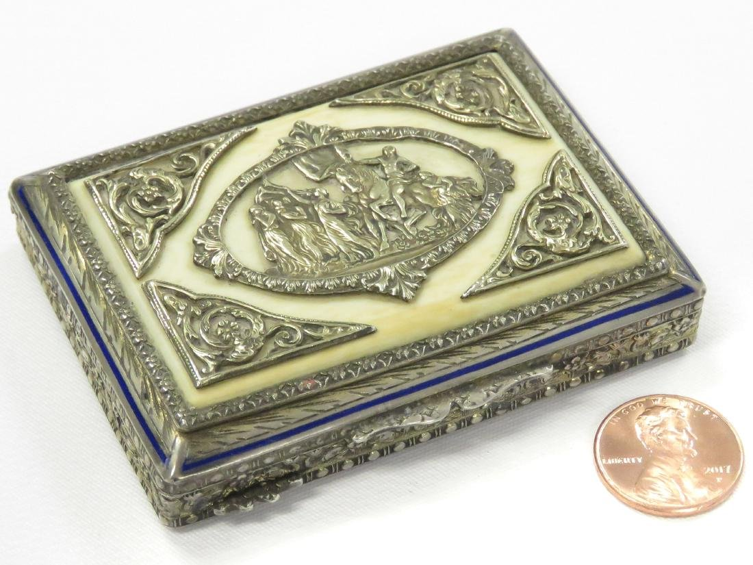 ANTIQUE CONTINENTAL 800 SILVER AND ENAMEL SNUFF BOX. 2