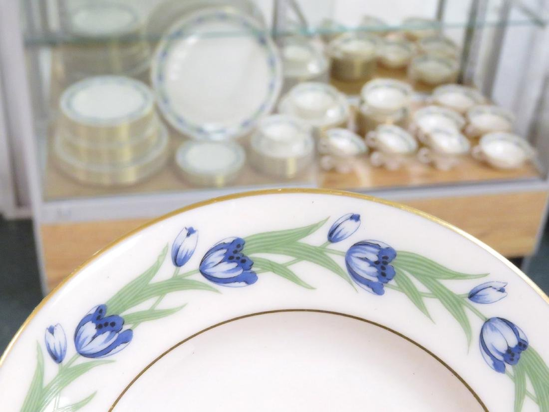 """LENOX """"NATOMA"""" DINNER SERVICE FOR (6) WITH EXTRAS"""